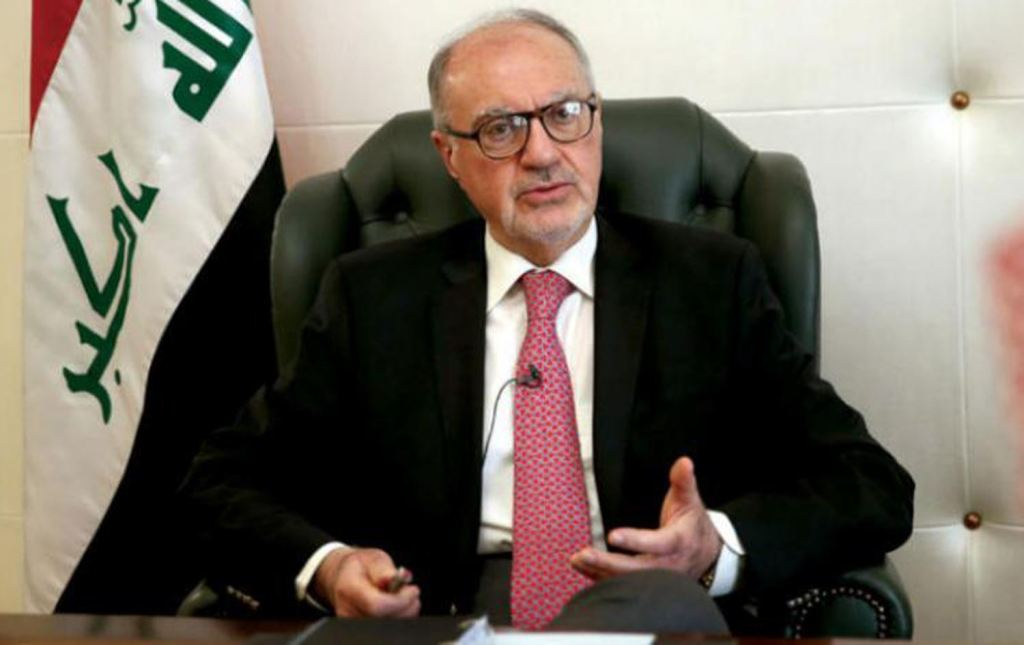 وزير المالية يتوقع فرض ضريبة دخل على جميع الرواتب
