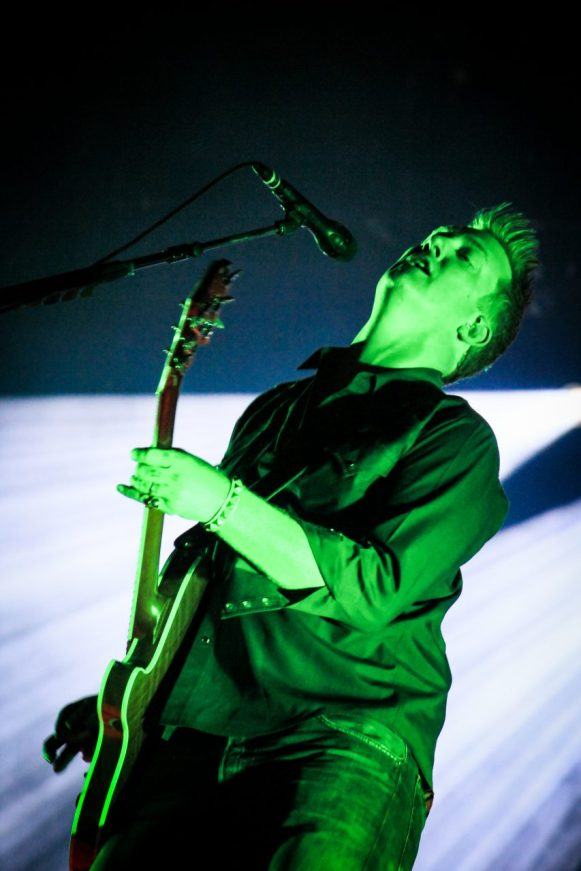 Queens Of The Stone Age 06 Dani Canto