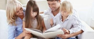 parinti-si-copii-citind