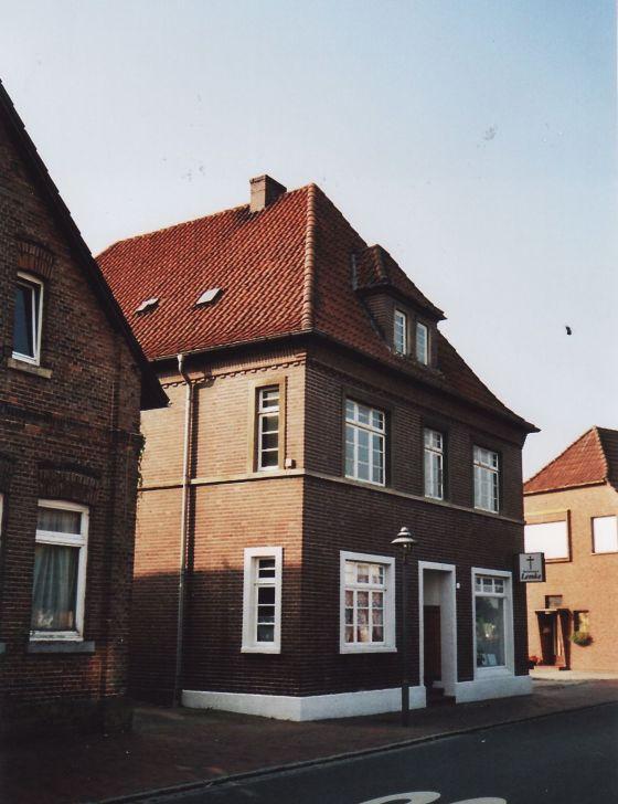 -98- Bestattungen Lemke, ehemals Fette, 2010