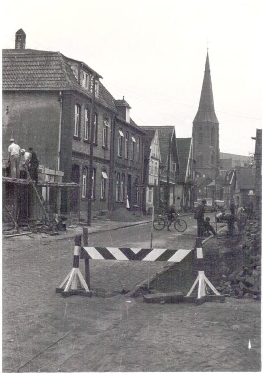 -224- ca. 1956 nach dem das Haus Wehry abgebrannt war.