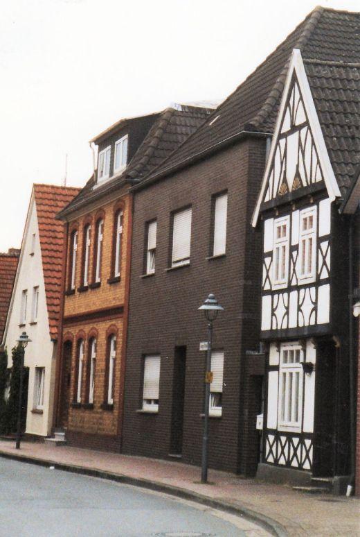-216- die Häuser Nietfeld und Kemme