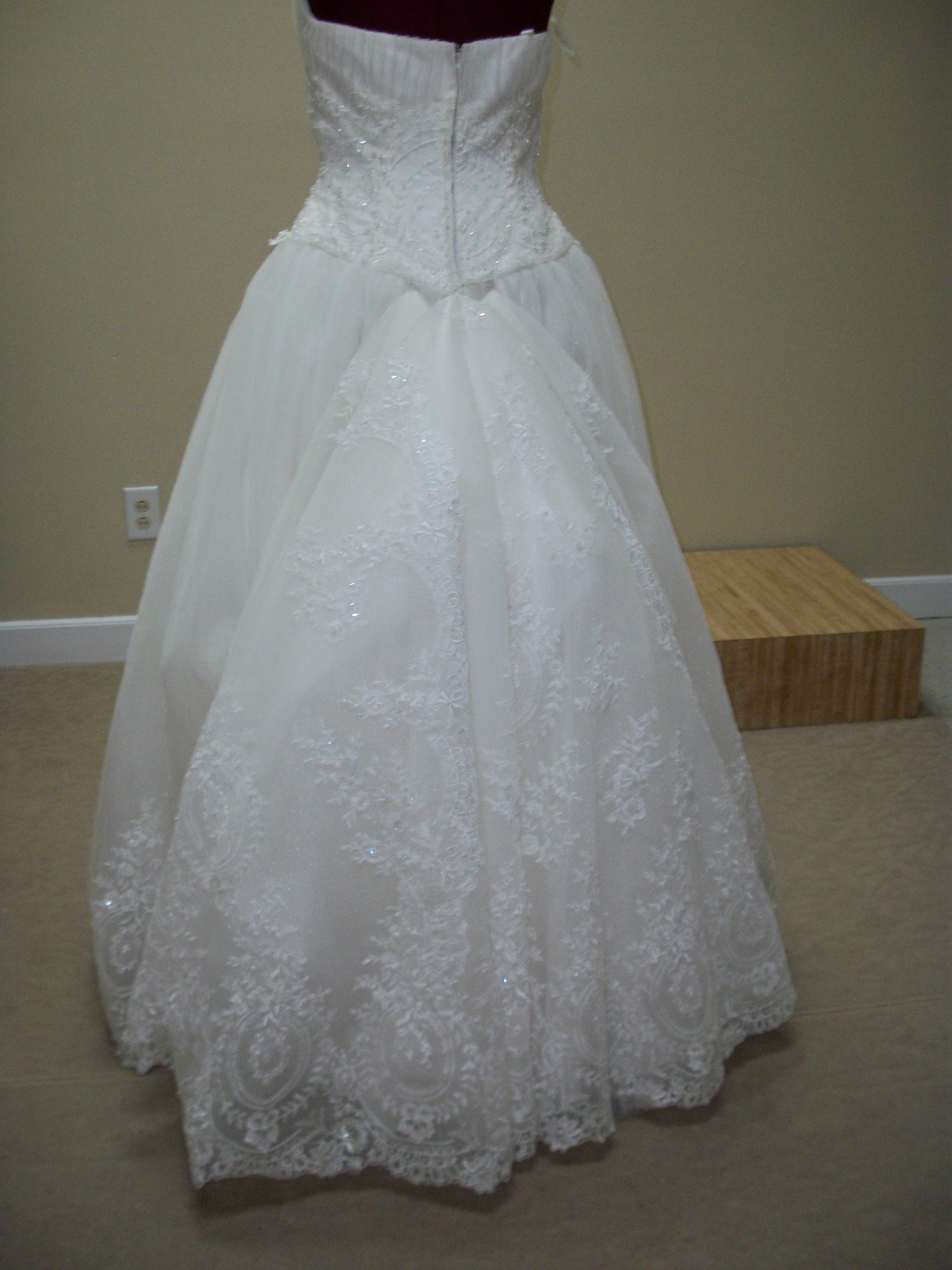 Alterations By Christy  We specialize in fine delicate alterations for your bridal needs and more
