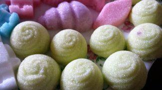 Sugar rosettes