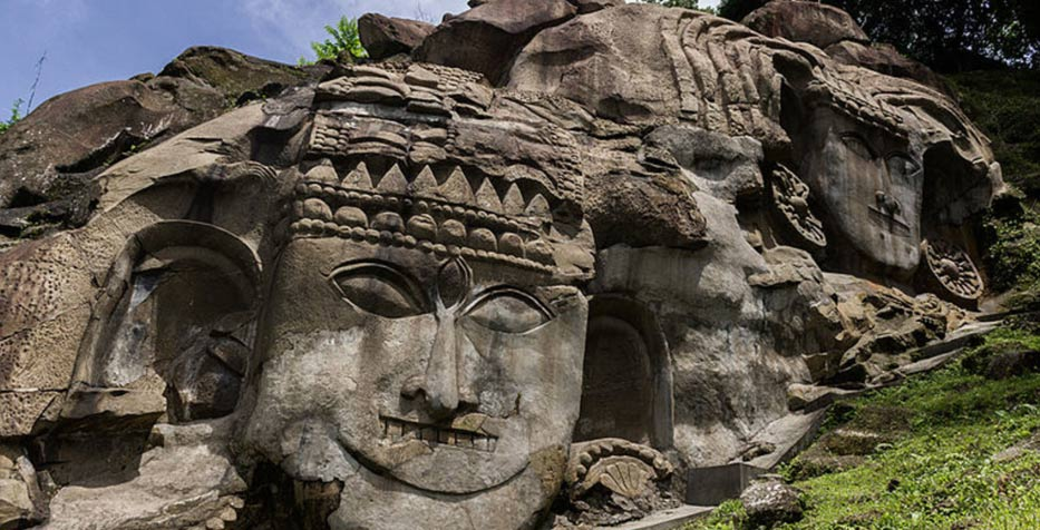 The Mysterious Unakoti Bas-Reliefs: 10 Million Deities and the Curse of a God