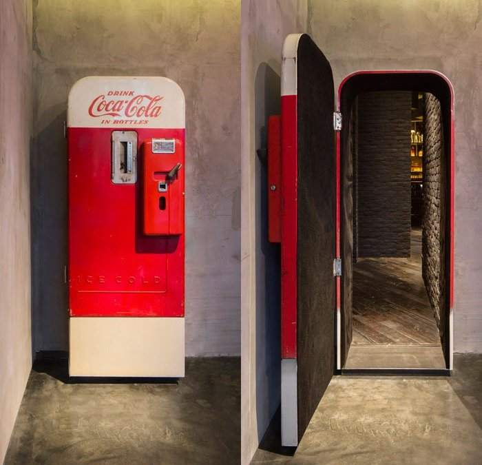 Speakeasy in Shanghai Hidden Behind This Old Coke Machine