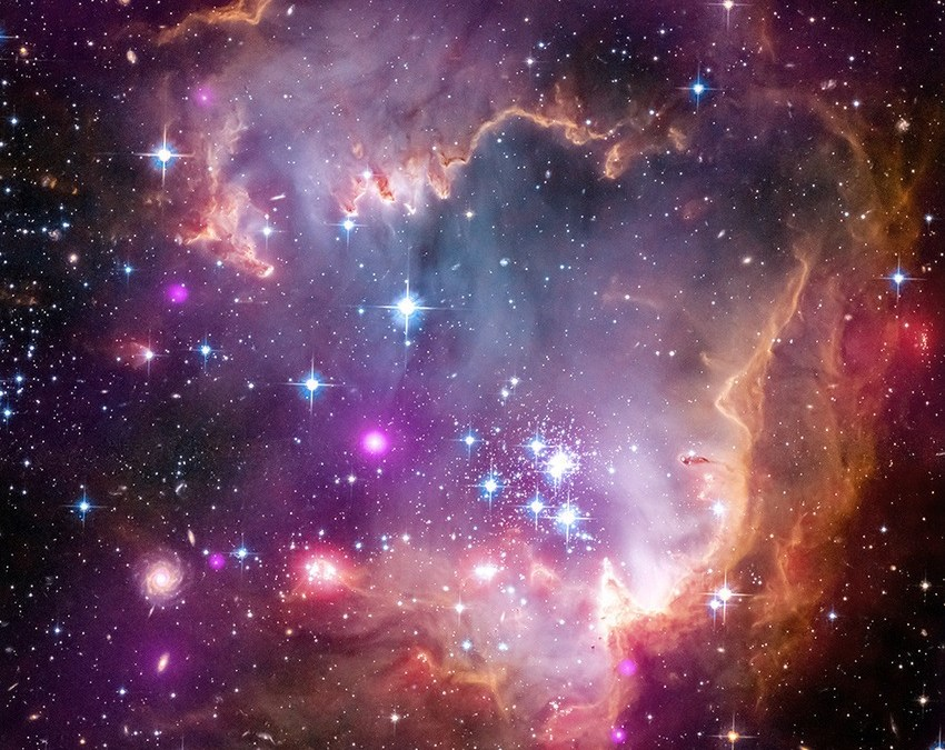 17 Images That Pay Tribute To The Beauty of Space