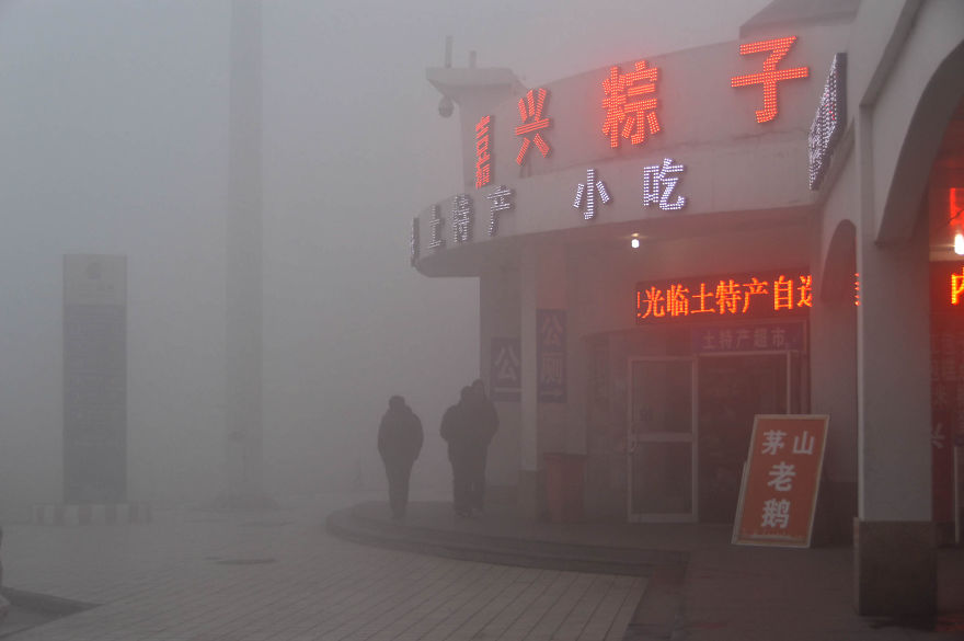 These 14 Photos Capture How Polluted China Has Become, And It's Terrifying…