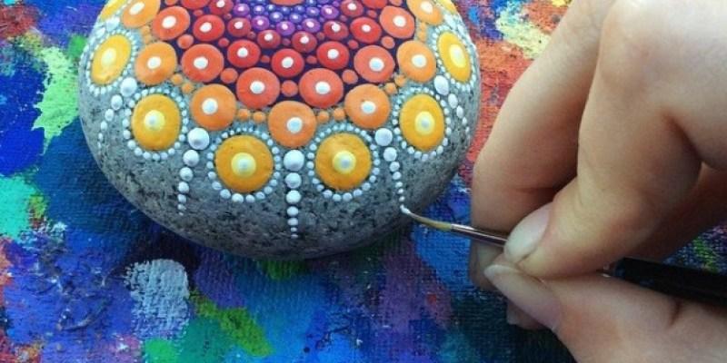 Stone Art Mandala – Elspeth Mclean Canada 6