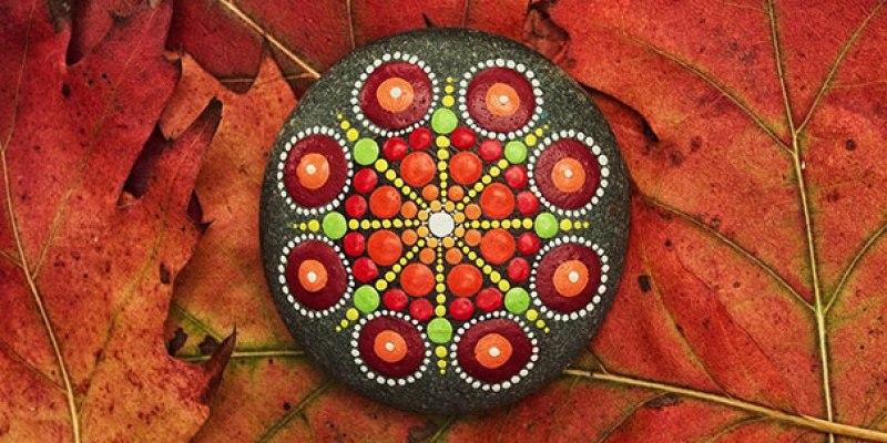 Stone Art Mandala – Elspeth Mclean Canada 8