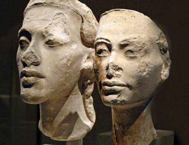 Busts-of-Akhenaten-and-Nefertiti