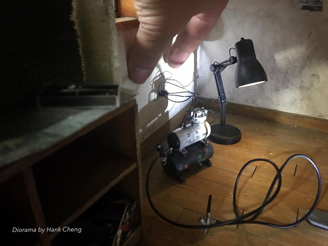ARTIST MAKES MINIATURE MODEL OF HIS ROOM 29