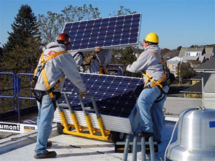 Con Edison To Make Solar Energy Available To Low Income