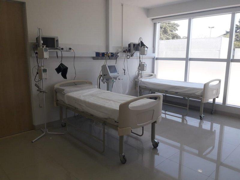 Covid-19: la Municipalidad de Escobar incorpora seis camas UTI, otras 15 para pacientes moderados y seis nuevos respiradores