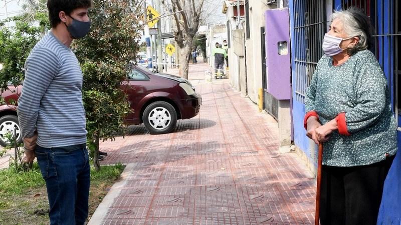 Juan Andreotti supervisó las obras de renovación de veredas de la Ruta 202