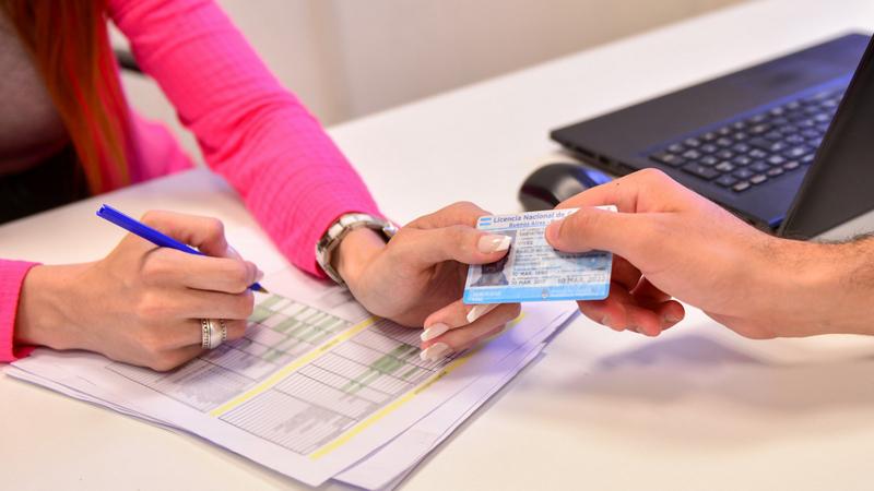 El Municipio de San Fernando recuerda que la validez de las licencias de conducir se extendió por un año