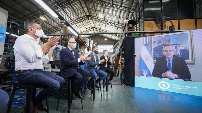 El presidente Alberto Fernández, junto a Zabaleta y Kulfas, lanzó en Hurlingham el Plan de Reactivación e Inclusión Financiera para Pymes