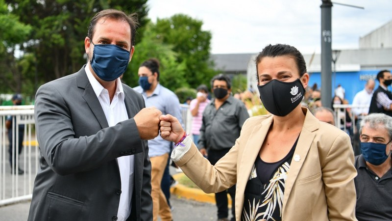 Por primera vez en su historia el partido de Escobar tendrá una intendenta:   Verónica Sabena reemplazará a Ariel Sujarchuk