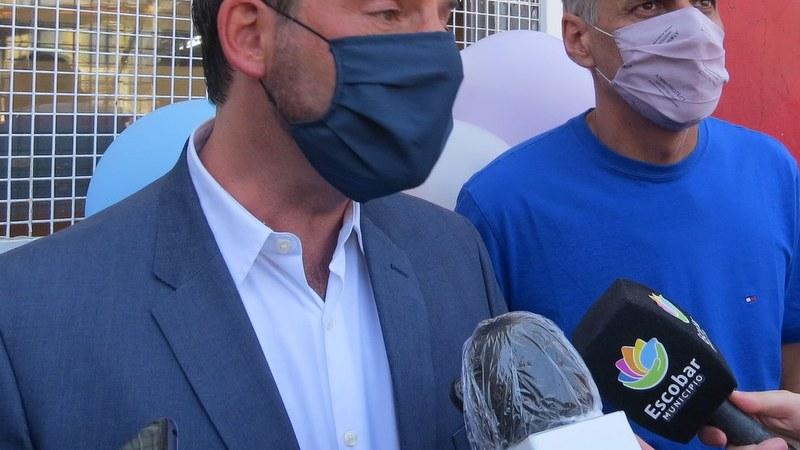 """Ariel Sujarchuk y las vacunas: """"Que el partido de los privilegios  venga a hacer  una bandera de esto,  es parte de su discurso cínico"""""""