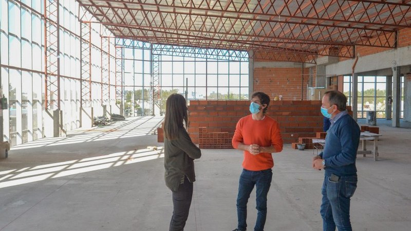 Juan Andreotti recorrió la obra de ampliación del Hospital Municipal de San Fernando