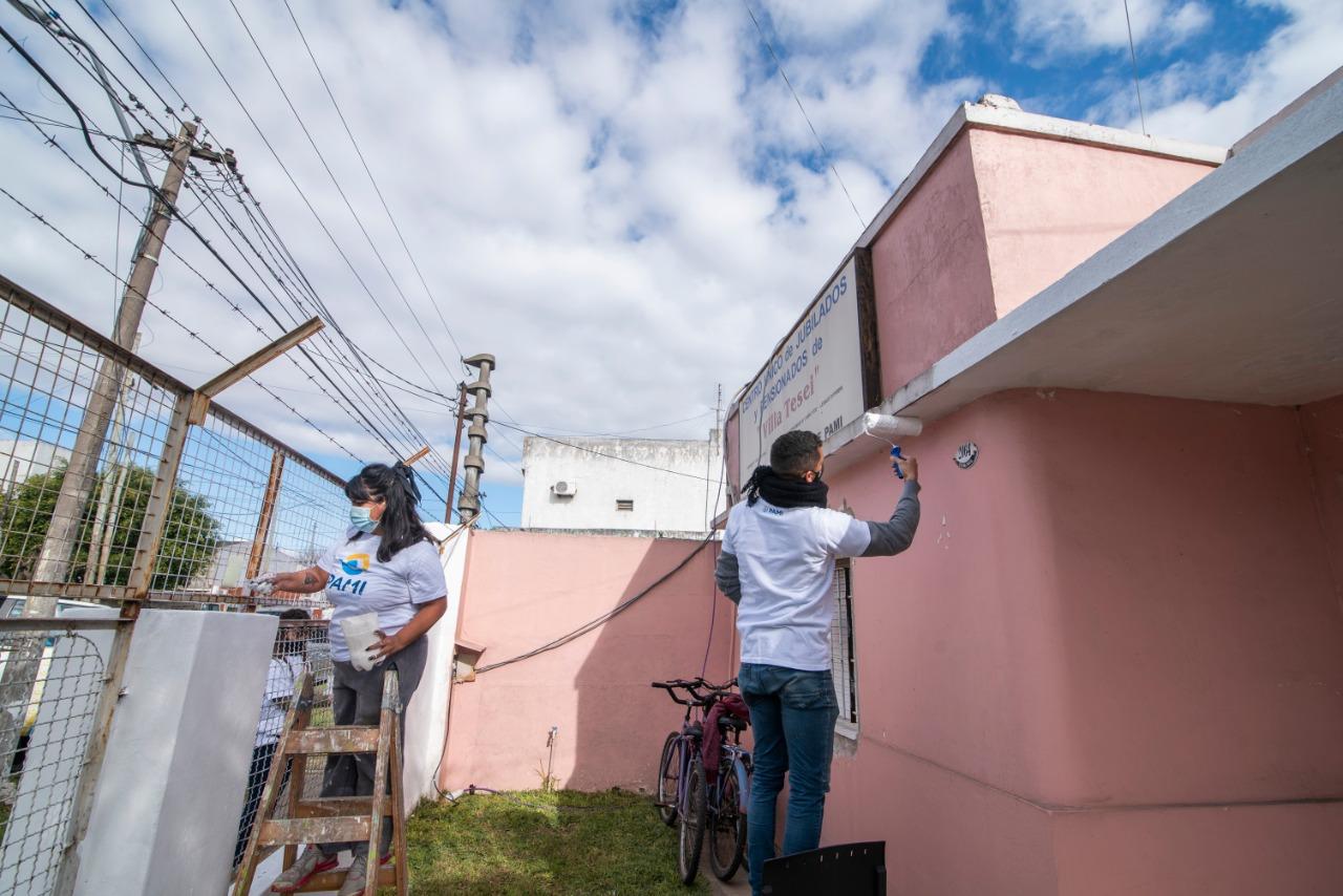 PAMI firmó un convenio con el Ministerio de Desarrollo de la Comunidad para refaccionar y equipar centros de Jubiladas y Jubilados