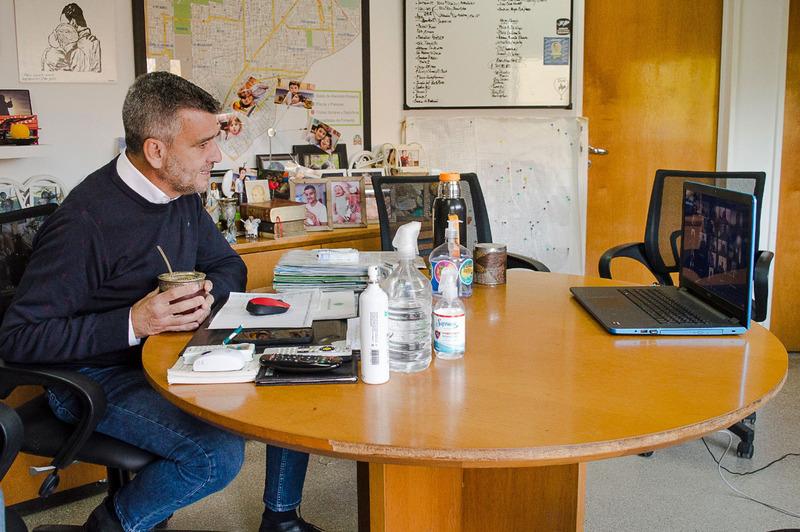 Zabaleta celebró el Día del Periodista en encuentro virtual con trabajadores de prensa de la región