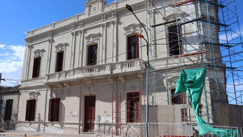 Exaltación, el Edificio Municipal recupera su Brillo