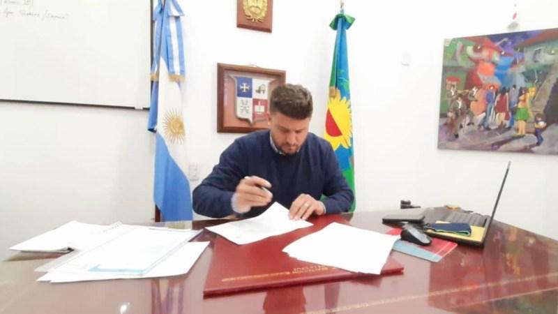Nanni firmó convenio para el mejoramiento de la Avenida San Martín de Los Cardales