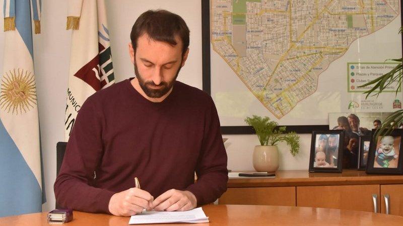Selci anunció un aumento del 10% para trabajadores municipales, un bono de 5 mil y el retorno a la presencialidad de todo el personal