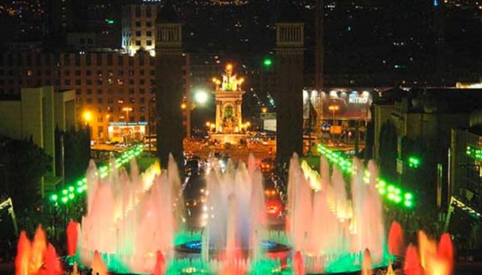 fountain show la magica near monjunic