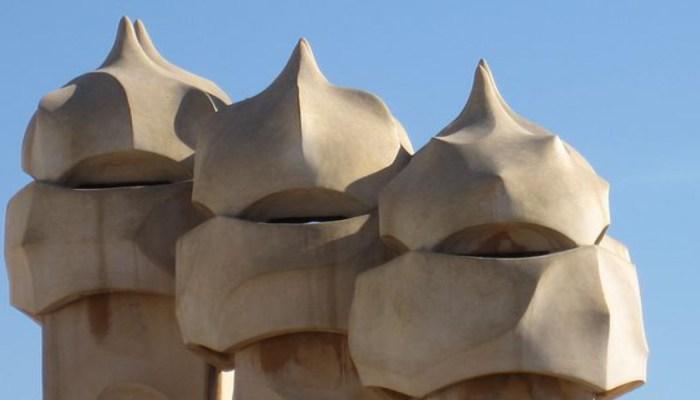 la pedrera roof art