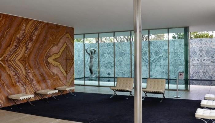 pavello barcelona living room