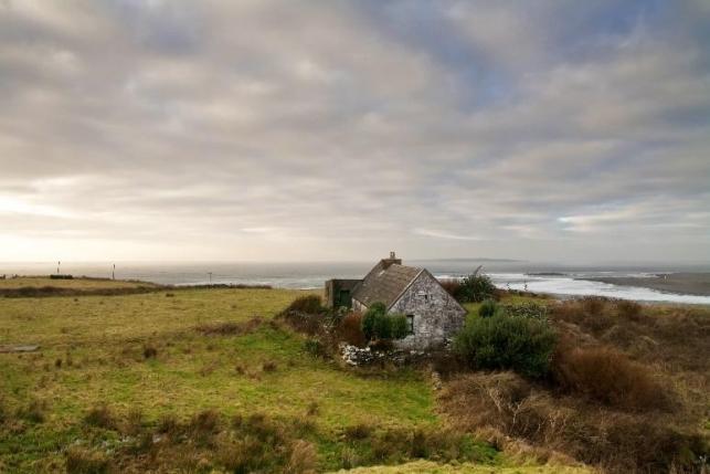 Seaside Cottage | Alternative-Read.com