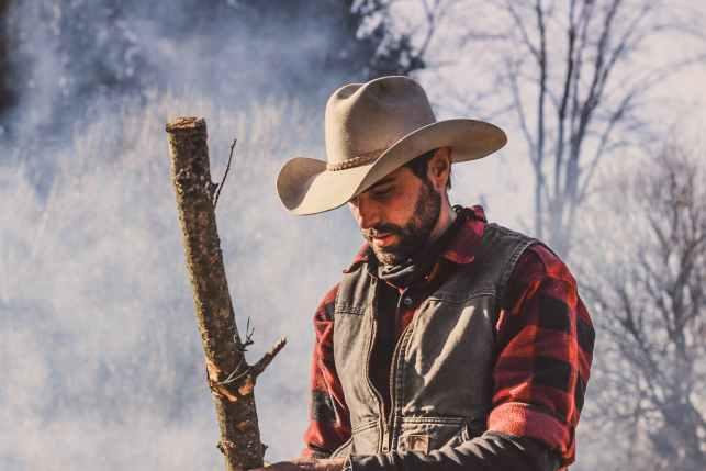 Unbroken Cowboy by Maisey Yates a Gold Valley Novel