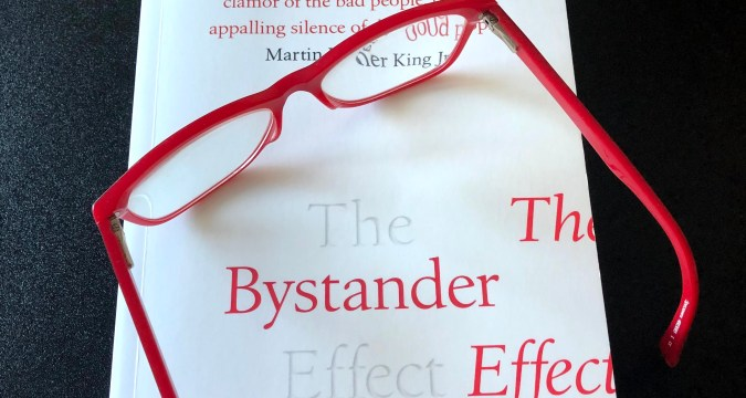 The Bystander Effect by Catherine A. Sanderson - #Readalong #TheBystanderEffect #AltRead