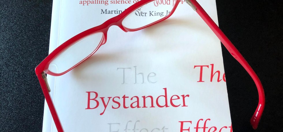 The Bystander Effect by Catherine A. Sanderson - #Readalong #TheBystanderEffect #AltRead