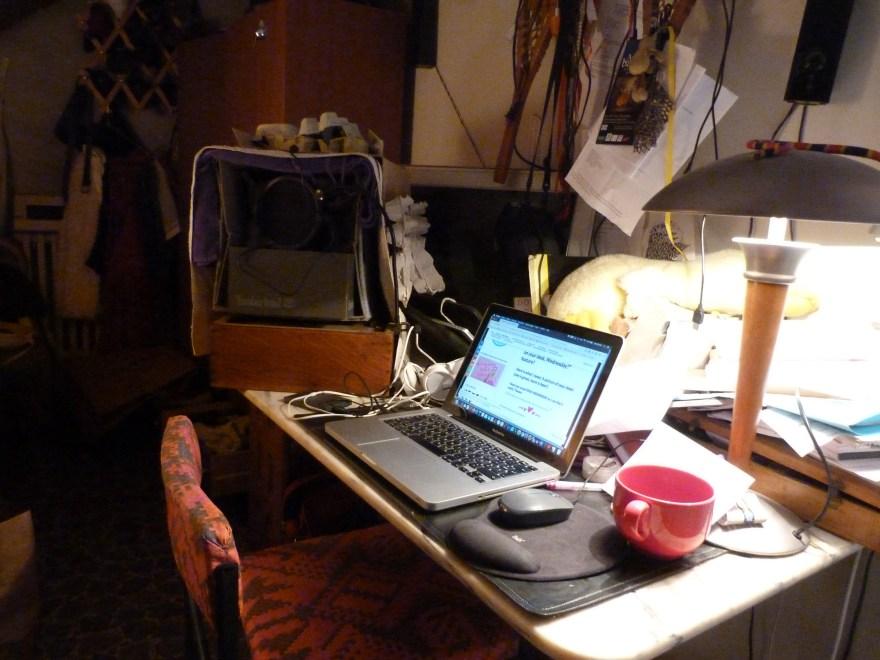 What's on your desk, Wednesday? Jill Culiner reveals all #AltRead #DeskWednesday #WOYDW #Whatsonyourdeskwednesday?