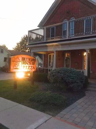 Brenko's, pizza, pizzeria, Essex Ontario
