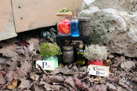 DIY potions bottles, potions, Harry Potter, Halloween, Halloween decorations