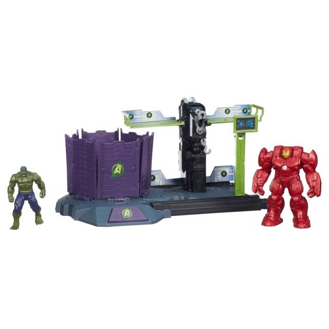 B1663AS00_Hulk_Buster_Breakout OP