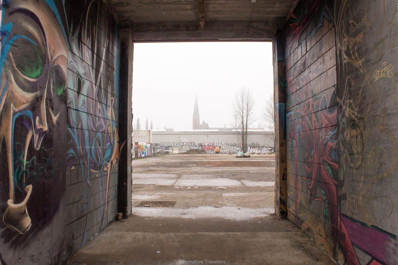 Berlin street art | AlternativeTravelers.com