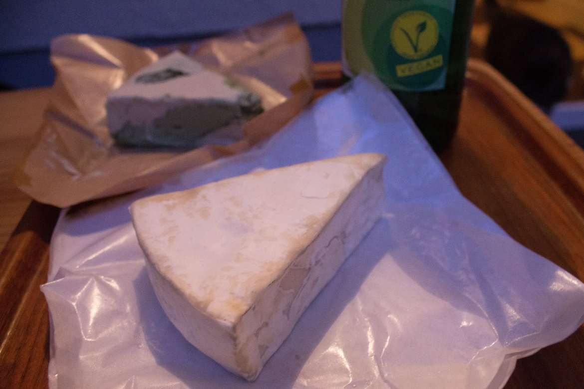 The Gorgon and Escobar vegan cheese from Seratonina