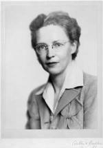 Elizabeth (Elsie) MacGill