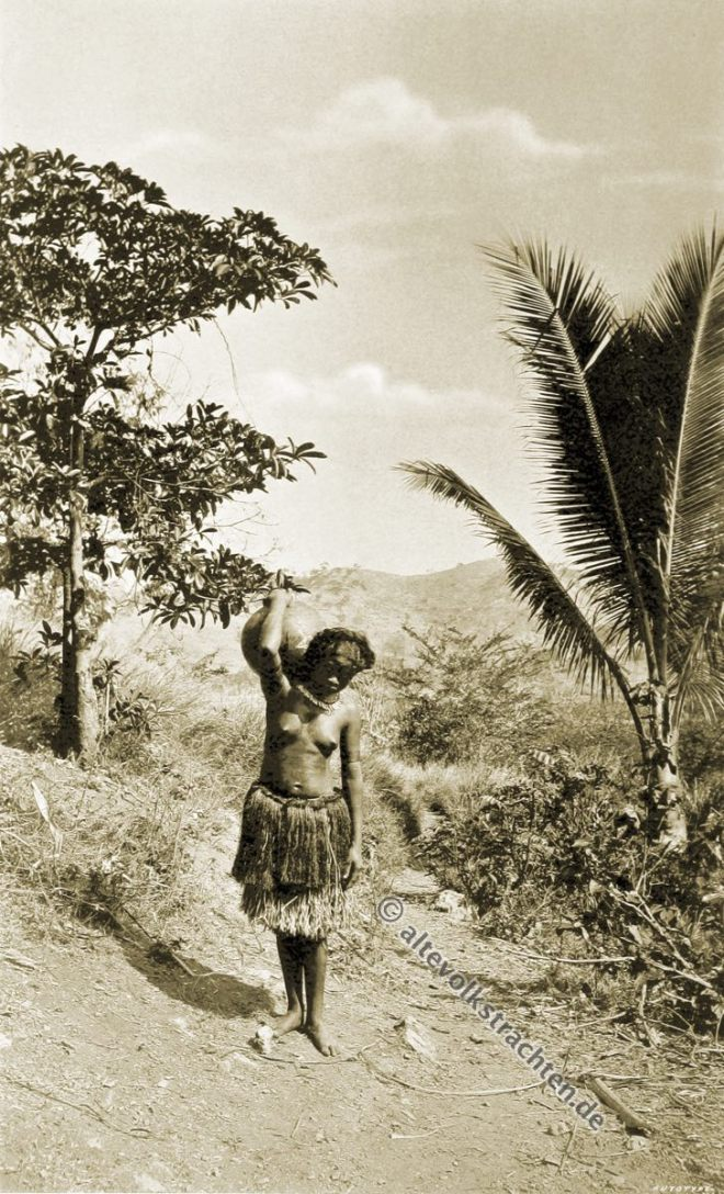 Native, dress, Port, Moresby, water carrier, Papuasia, Papua New Guinea, J. W. Lindt,