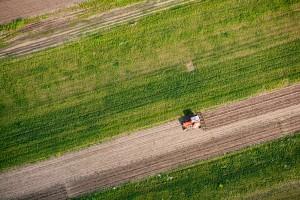 agriculture assistee par drone 300x200 - La technologie des drones au service de l'agriculture