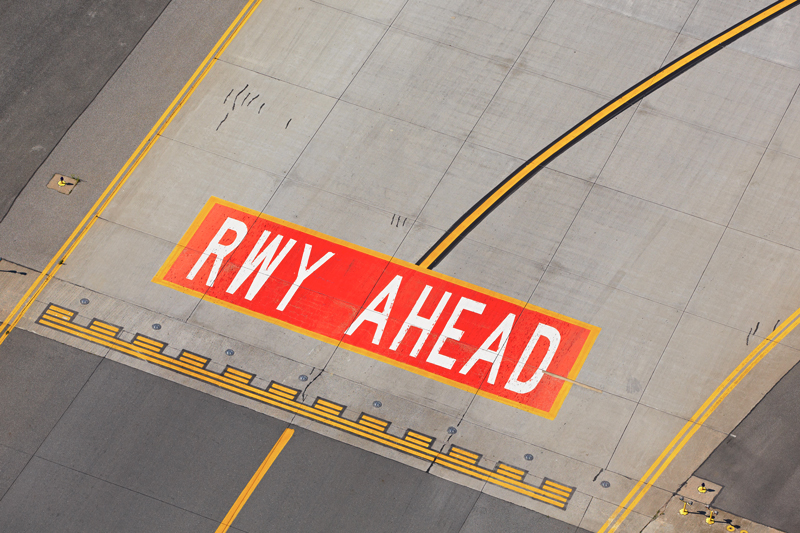 altigator drone airport gestion aeroport radionavigation - Contrôle et maintenance des systèmes d'atterrissage automatique (ILS) par drone
