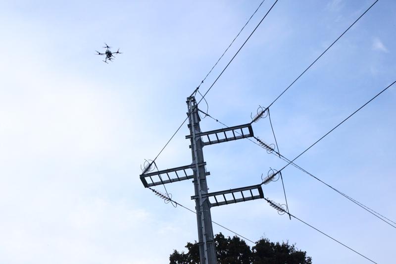 Inspection de pylône électrique par drone