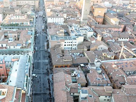 Inspection et surveillance par drone en milieu urbain