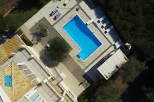 drone real estate image1 - La prise de vue aérienne par drone dans le marché immobilier