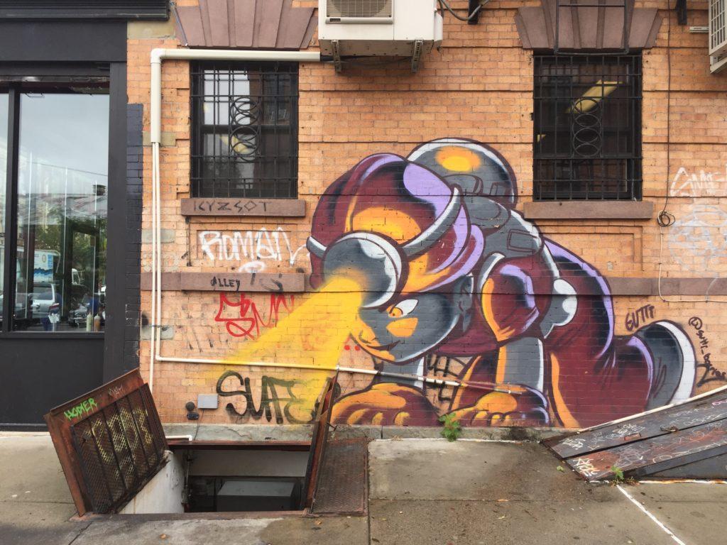 fresque murale d'un artiste inconnu au Bushwick Collective